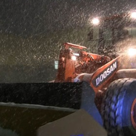 Agganis-Frontend-Loader-Snow-Plowing-03