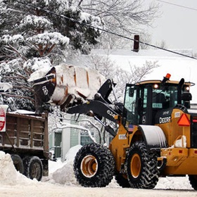 Agganis-Frontend-Loader-Snow-Plowing-06